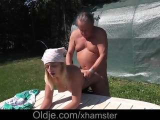 College girl wet pussy outdoor fucking fat old gardener cock